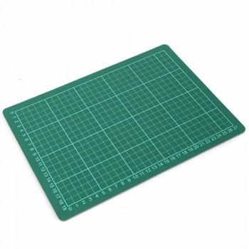 Cutting Mat — A4 Size, 305 x 229mm (Item No: B12-14) A1R3B173